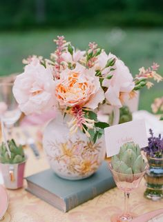 floral arrangements in vintage china vases // photo by Stacey Hedman // flowers by Patrice Milley
