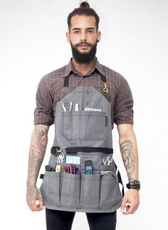 diy for beginners plans tips tools Waxed Canvas, Canvas Leather, Tool Apron, Barber Apron, Work Aprons, Leather Apron, Apron Designs, Sewing Aprons, Fabric Painting