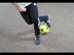 ▶ How To Do The Rabona Fake Soccer Football Move - YouTube Soccer Workouts, Soccer Drills, Soccer Coaching, Soccer Tips, Soccer Cleats, Nike Soccer, Cristiano Ronaldo Lionel Messi, Neymar, Barcelona Soccer