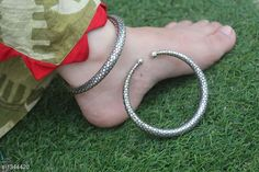 Checkout this latest Anklets & Toe Rings Product Name: *Voguish Stylish Brass Kada Anklet* Sizes:Free Size Country of Origin: India Easy Returns Available In Case Of Any Issue   Catalog Rating: ★4.1 (381)  Catalog Name: Voguish Stylish Brass Kada Anklets CatalogID_172816 C77-SC1098 Code: 532-1344420-294