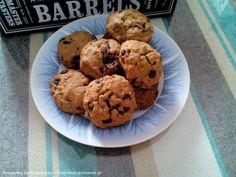 Κουκις με βρωμη και σοκολατα Kai, Cookies, Desserts, Food, Crack Crackers, Tailgate Desserts, Deserts, Eten, Cookie Recipes