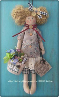 Sockscrafts socks sweater barbieclothesdiy gray barbie doll doityourself diyandcrafts diy ideas recyclingideas by sanae errabie – Artofit Doll Toys, Barbie Dolls, Raggy Dolls, Primitive Stitchery, Angel Ornaments, Doll Crafts, Doll Face, Doll Patterns, Beautiful Dolls