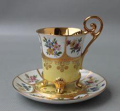 Traumhafte Mokkatasse Vitrinentasse Karlsbad in Antiquitäten & Kunst, Porzellan & Keramik, Porzellan | eBay