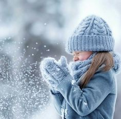 15 Ideas for baby photoshoot winter picture ideas Snow Photography, Children Photography, Winter Family Photos, Winter's Tale, Winter Kids, Winter Snow, Winter Pictures, Winter Wonder, Winter Colors