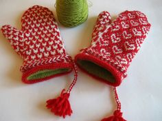 Beautiful mittens!  Knitting now!  IMG_6201 by hellion515, via Flickr