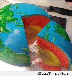 If anyone I know can attempt this cake please let me know! A would've thrilled with a map party for her big 4 birthday!