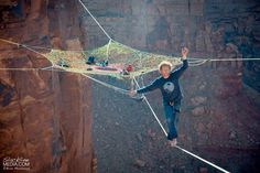 These daredevils are clearly not afraid of heights as they hang out on homemade nets suspended 400 feet high and 200 feet from nearby cliffs.
