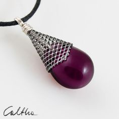 Violet in con from Caltha jewellery by DaWanda.com