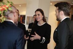 La Duchesse Catherine a assisté au Consulat Britannique à un déjeuner. 9 Décembre 2014