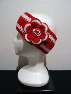 Crocheted Earwarmer Flower with Kansas City Chiefs Button Chiefs Football, Kansas City Chiefs, Football Season, Chiefs Shirts, Knitted Hats, Crochet Hats, Football Crafts, Indianapolis Colts, Cincinnati Reds