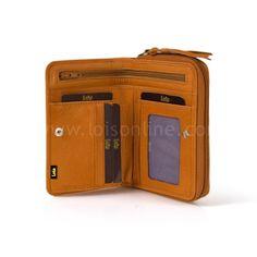 BILLETERA PIEL LOIS GIPSY 37315  Vista interior. Dispone de diversos departamentos para tarjetas, uno específicamente transparente para tu documento de identidad y una amplia zona con cremallera para mantener seguro tu dinero.