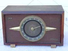 "1956 RCA Victor Mahogany Tube Radio 6-RF-9  ""The Livingston."" #craigslist #ezlooker"