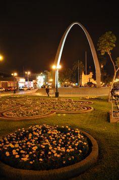 Tacna, Peru. Hermosa ciudad heroica, tranquila y serena