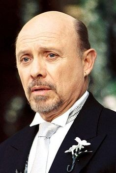 """Hector Elizondo as Joe 