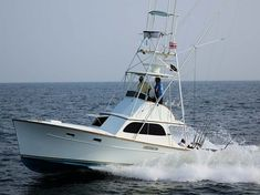 Best Sportfishing Boats of All Time, Offshore Fishing Boats Wooden Boat Building, Wooden Boat Plans, Wooden Boats, Sea Fishing, Saltwater Fishing, Fishing Tips, Sport Fisher Yachts, Offshore Boats, Sport Fishing Boats