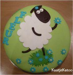 Lammetje taart Cake, Desserts, Food, Tailgate Desserts, Deserts, Food Cakes, Eten, Cakes, Postres