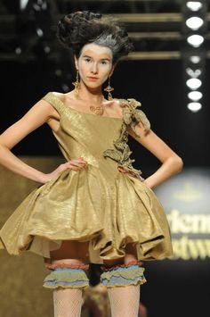 Rococo Inspired ~ Vivienne Westwood  www.fashion.net #rococco  return