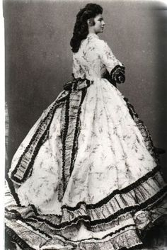 "Empress Elisabeth Amalie Eugenie ""Sissi"" Bavaria, wife of Emperor Franz Joseph I Austria, wearing a crinoline in by Ludwig Angerer. Victorian Era, Victorian Fashion, Vintage Fashion, Victorian Women, Vintage Photos, Vintage Photographs, Old Photos, Historical Costume, Historical Clothing"