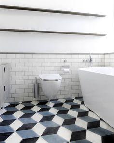 Bathroom installation of Diamond tiles at Danish rock musiscian and artist Kasper Eistrup. Colors are Milk, Kohl and Slate. #marokktiles #marokkdk #marokk #ihavethisthingwithtiles #ihavethisthingwithfloors #coolconcrete #concretetiles #cementkakel #sementfliser #cementfliser #encaustictiles #mosaichydraulic #zementfliesen #marokkanskefliser #carreauxdeciment #midcenturymodern #midcentury #danishmodern #danishdesign #handmadetiles #diamondtiles