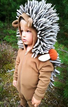A hedgehog costume - onesie with front zipper and hoodie, made from soft, quality fleece, needles made from foam. Age______Height (in)___Height (cm) 2___________36_______________92 3___________39_______________98 4___________41_______________104 5___________43_______________110