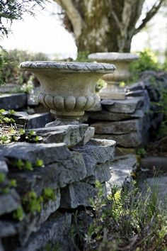 love the urns and stacked stones