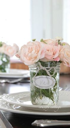 FRENCH COUNTRY COTTAGE: Mason Jar Place Setting Bouquets, not just for weddings! I'm thinking this would be lovely for a Mother's Day brunch! French Country Cottage, French Country Decorating, Country Cottages, Cottage Farmhouse, Place Settings, Table Settings, Garden Bridal Showers, Garden Shower, Bridal Shower Tables