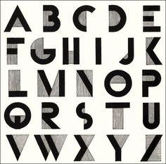 Qui a créé la typographie Bifur, typique de l'Art Déco, en 1929 ?