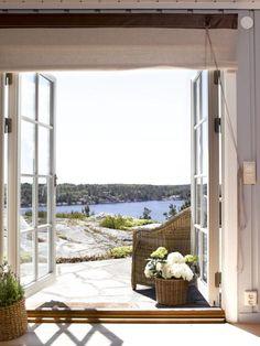 Summer cottage, shade over door. Cozy Cottage, Coastal Cottage, Coastal Homes, Coastal Living, Cabins And Cottages, Beach Cottages, Summer Cabins, Turbulence Deco, House By The Sea