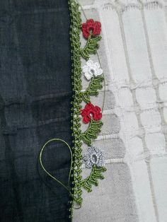 This Pin was discovered by Neş Angel Crochet Pattern Free, Free Pattern, Crochet Patterns, Crochet Flowers, Crochet Lace, Crochet Stitches, Saree Tassels, Bargello, Crochet Designs