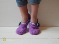 Hey, I found this really awesome Etsy listing at https://www.etsy.com/ru/listing/276412088/woman-slippers-socks-crochet-slippers