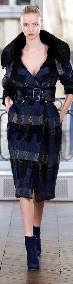 Fall 2018 RTW Ralph & Russo Fur Fashion, Love Fashion, Fashion Show, Classic Fashion, Couture Week, Haute Couture Fashion, Fashion 2018, Runway Fashion, Womens Fashion