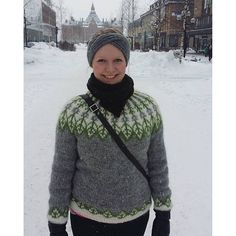 Traditional unisex Icelandic Lopi sweater worked in the round with stranded colorwork details and yoke. Icelandic Sweaters, Pullover, Sweater Design, Catsuit, Sweater Outfits, Mittens, Knitting Patterns, Turtle Neck, Wool