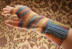 Crow Haven Cottage: Easy Fingerless Glove Crochet Pattern