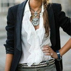 Put together very nicely. Normally not a statement necklace fan but this outfit makes me consider it