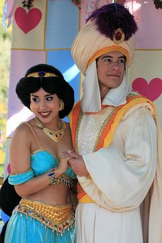 Princess Jasmine and Prince Ali ~ True Love Week (Feb Aladdin And Jasmine, Princess Jasmine, Disney Princess, Disneyland Resort, Disneyland Paris, Disney Parks, Walt Disney World, Disney Visa, Aladdin Costume