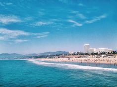 It's getting warmer in Santa Monica, which makes the perfect excuse to hit the beach more often. Beach Activities, How To Get Warm, California Beach, Santa Monica, Venice, Eye Candy, Scenery, Beautiful Pictures, Ocean