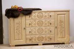 Výsledok vyhľadávania obrázkov pre dopyt goralské stavby Wooden Main Door Design, Large Sideboard, Wood Art, Buffet, Woodworking, Storage, Art Designs, Furniture, Folk