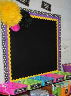 Creative Bulletin Boards, Elementary Bulletin Boards, Bulletin Board Design, Birthday Bulletin Boards, Bulletin Board Borders, Classroom Board, Classroom Walls, Classroom Bulletin Boards, Classroom Themes