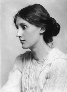 Virginia Woolf. Love her eyes lost in dreams:)