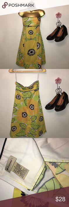 """Anthropologie, Size 2 Elevenses dress, like new, no imperfections, 97% cotton, 3% Lycra, 14.5"""" flat across top of dress, 13.5"""" flat across seam under bust, 30"""" from top to hem, zips up back. Anthropologie Dresses Strapless"""