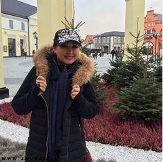 الهام حمیدی با کاپشن و کلاه در جشنواره برلین آلمان