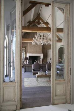 #living room #wood beams #architecture