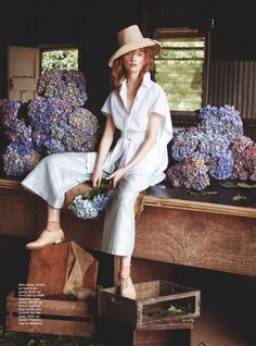 In Bloom: Country Charm by Corrie Bond | Shabby Chic Mania by Grazia Maiolino