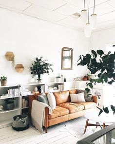 15 Modern Living Room Design Ideas to Upgrade your Home Style – My Life Spot Boho Living Room, Home Living, Living Room Interior, Living Room Decor, Modern Living Room Furniture, Small Living, Bedroom Decor, Brown Leather Couch Living Room, Brown Leather Couches