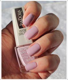 IsaDora Fresh Linen My Nails, Nail Polish, Fresh, Beauty, Fingernails Painted, Nail Polishes, Manicure, Cosmetology, Polish