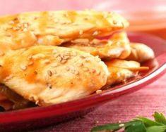 Filets de dinde au beurre de cacahuète : http://www.fourchette-et-bikini.fr/recettes/recettes-minceur/filets-de-dinde-au-beurre-de-cacahuete.html