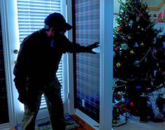 Your empty house is an easy target for burglars. Deter them with these tactical…