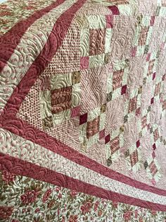 Isabella Coming Of The Frame Andover Fabrics Machine Quilting Quilt Making Quilts