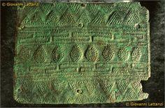 cultura picena, lamina in bronzo, Museo Archeologico Nazionale di Ancona