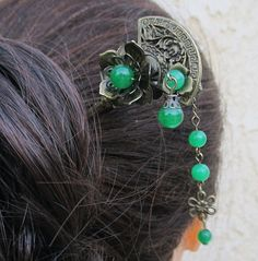 Hey, I found this really awesome Etsy listing at https://www.etsy.com/listing/176989538/jade-hair-sticks-hair-pin